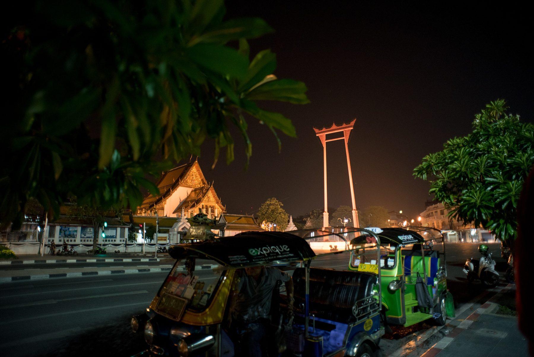 Bangkok Night Tuk Tuk Tour You Have to Take in Thailand