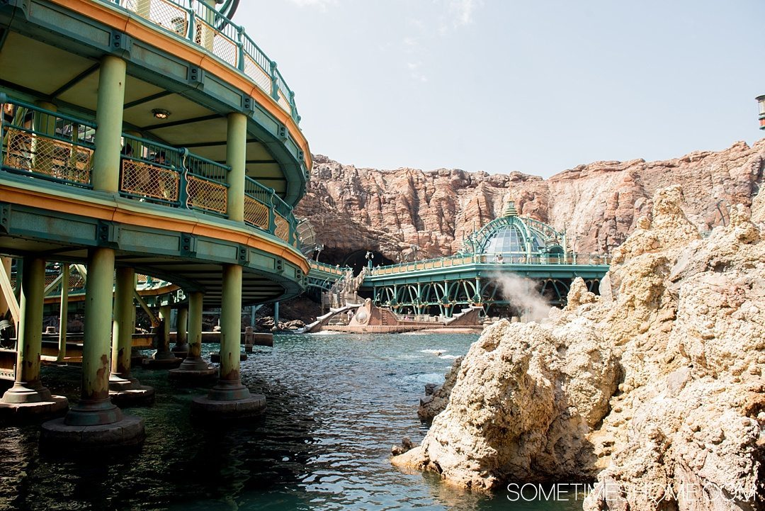 The Ultimate First-Timer's Guide to Tokyo DisneySea on Sometimes Home travel blog. Photo of 20,000 Leagues Under the Sea ride in Mysterious Island.