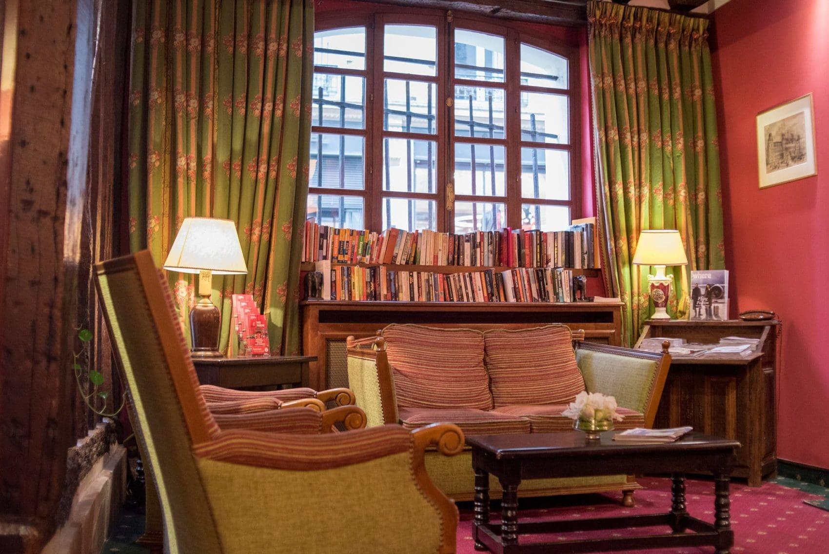 Le Marais Paris Accommodation at Hotel de la Bretonerie.