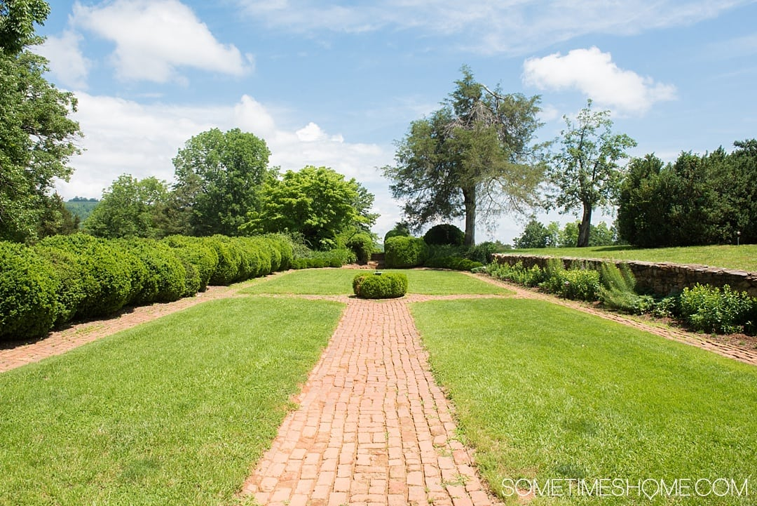 Looking for ideas for things to do in Charlottesville, Virginia? From Thomas Jefferson's Monticello, to Michie Tavern house and restaurant with an additional stop at James Monroe's home we have a complete review of the Neighborhood Pass for this beautiful destination near the Blue Ridge Mountains. Click through for more photographs and information on this east coast city! #CharlottesvilleVA #CharlottesvilleVirginia #RatherbeinCville #ThomasJefferson #Monticello #eastcoast #roadtrips