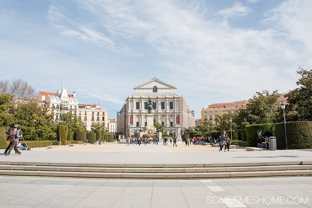 There are many things to do in Madrid, Spain. But people often wonder is one day enough in Madrid? We answer that question while showing you photography of this popular travel destination. From art, to food, and architecture attractions we have all the tips covered on Sometimes Home, including information on the Royal Palace area! Click through for all the information! #Madrid #MadridSpain #RoyalPalace