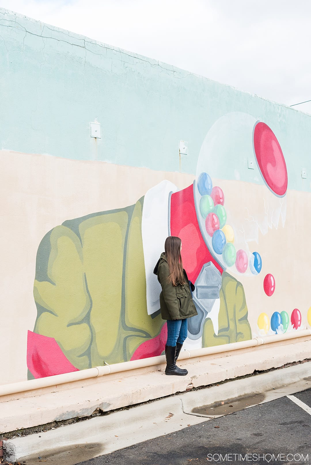 Ideas for Winston Salem attractions and things to do in North Carolina, from downtown art murals to restaurants. This beautiful NC city is a great weekend trip or overnight anywhere on the east coast for travel enthusiasts. #VisitNC #NorthCarolina #WinstonSalem #sometimeshome #eastcoasttravel #piedmontNC #streetart #murals