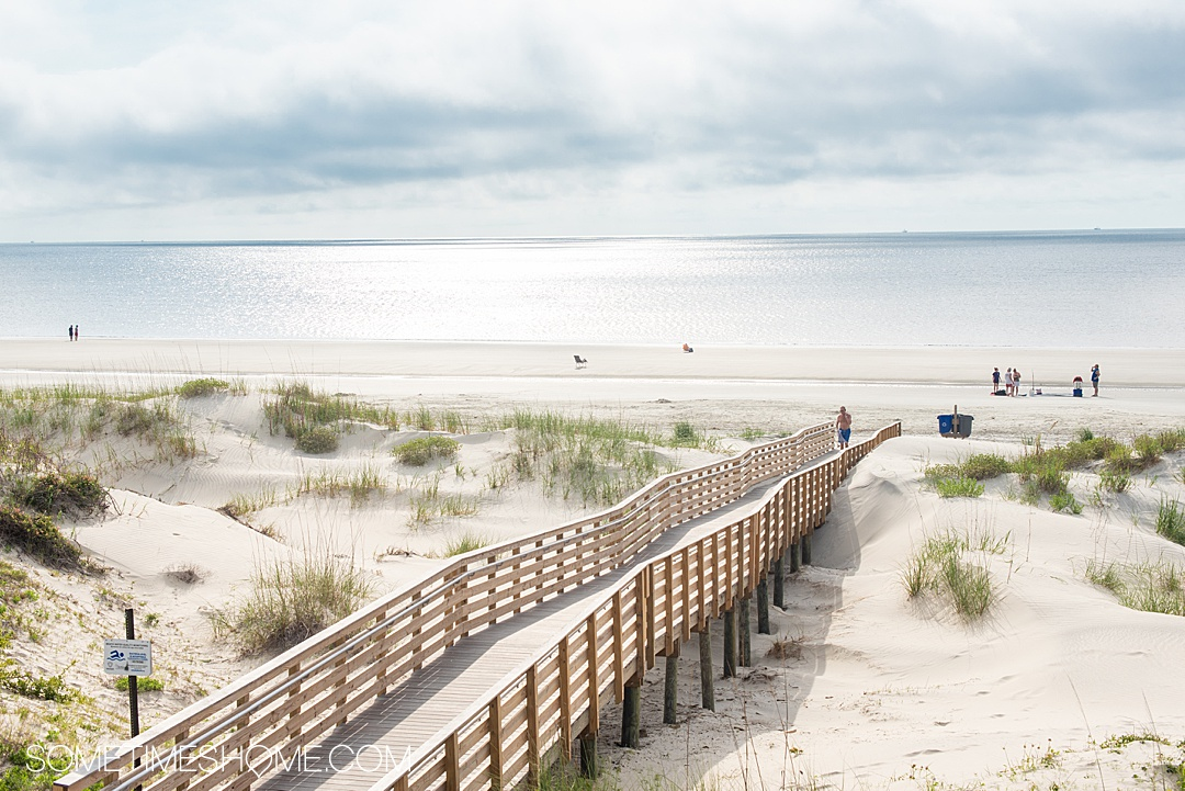 Things to do in Jekyll Island, Georgia, including restaurants with great food, beaches with iconic driftwood, sea turtles and hotel resorts for your vacation. If you're looking for a beautiful U.S. state to travel to for your trip this is a great destination. #JekyllIlsand #Georgia #eastcoast | Georgia | Beach Destinations | US Travel destinations by Sometimes Home