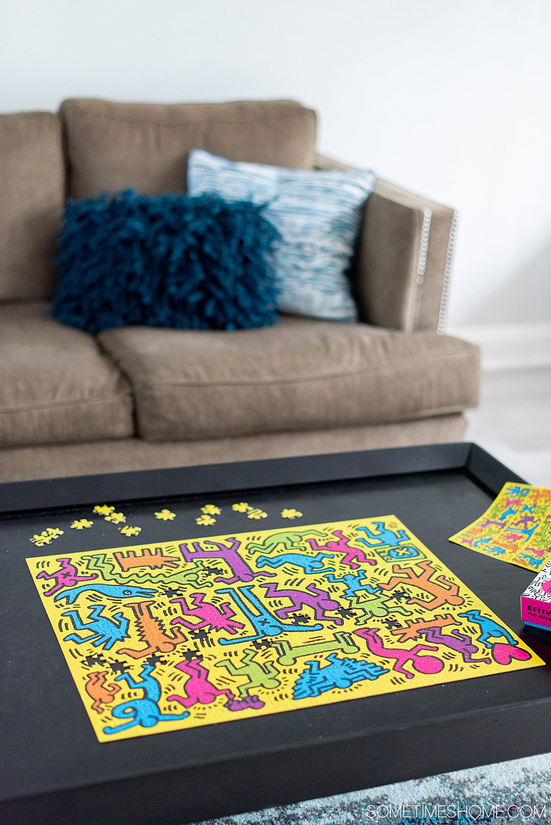Everything PUZZLES including useful puzzle tips and tricks, from storage to unique types including 3D and difficult puzzles for advanced enthusiasts, and what to do with your jigsaw puzzle when it is finished. #puzzles #thingstodoathome #sometimeshome